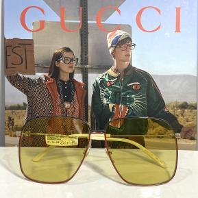 Gucci modello GG0394s